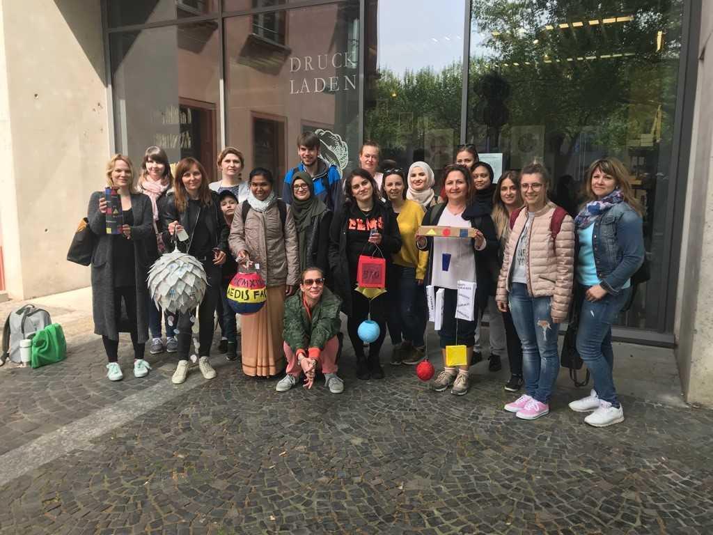 100 Jahre Bauhaus – Schüler nehmen am Lampion-Wettbewerb teil